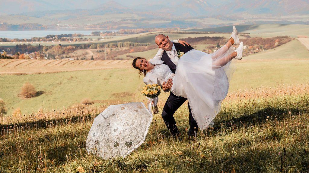 Andrej a Veronika, alebo ako som na liptovskej svadbe fotila
